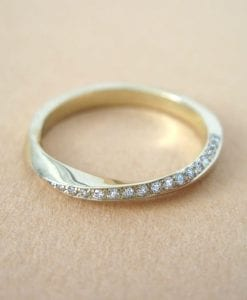 18k Mobius diamond ring, Diamond eternity ring