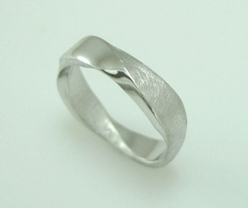 18K Mobius Wedding band - 5mm Mobius Ring In 18k White Gold, Mobius Wedding Ring