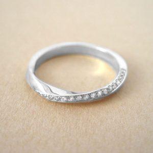 Diamond mobius wedding ring, Diamond mobius ring