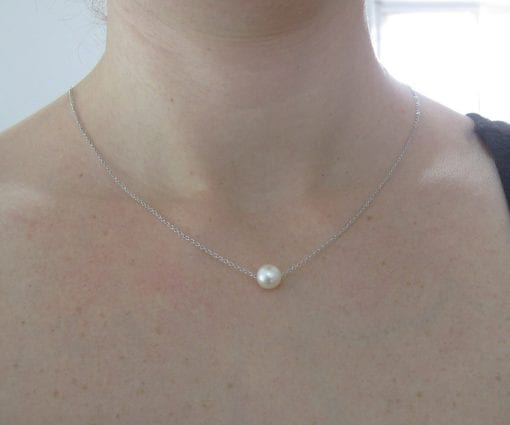 Freshwater pearl on gold link chain, Pearl with White gold necklace