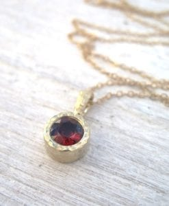 Gold 14k Delicate Link Birthstone Necklace, Hammered Garnet Pendant