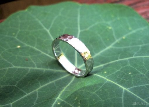 Hammered Gold Wedding Band for Him / Her, 14k Modern Gold Band