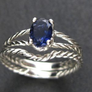 Matching wedding ring for oval engagement ring, Braided rope wedding Ring