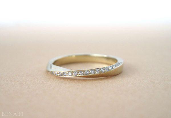 Mobius diamond ring, Diamond mobius ring
