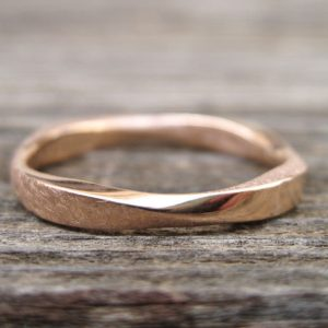 Mobius Stacking Wedding Ring, Rose Gold 3mm Mobius Ring