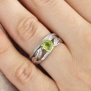 Natural Leaf Peridot Engagement Set, Leaves Wood Engagement Set