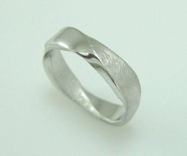 Platinum mobius mens wedding band, Mobius wedding ring in platinum