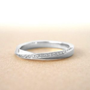 Platinum mobius ring, Diamond mobius ring
