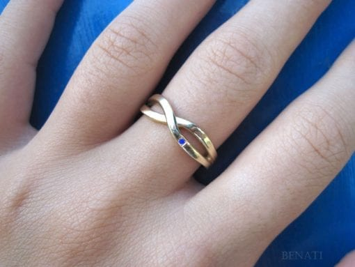 SALE - Gold Infinity Ring With A Blue Sapphire - Solid 14k White Gold Ring  - Gold Infinity Knot Sapphire Ring - Gold Infinity Promise Ring