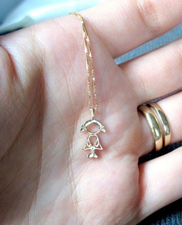 Sweet girl pendant - close to your heart - 14k solid gold, newborn