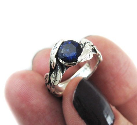 Leaf Ring With Center Iolite Violet Blue Purplish Gemstone In Silver, Leaves Ring