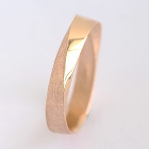 Mens Wedding Band, 4.5mm Wide Mobius Wedding Band